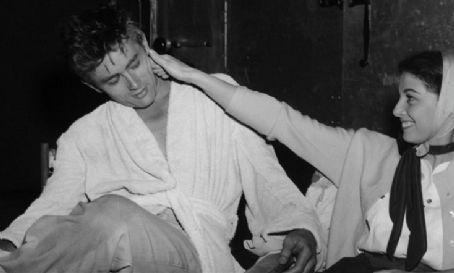 20 curiosidades y 15 fotos geniales de James Dean | ENTRE