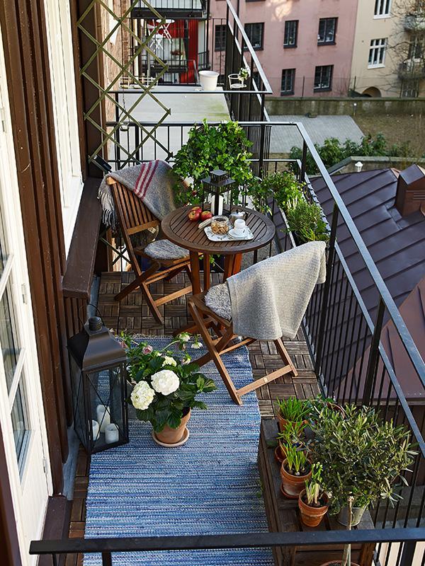 Un oasis en el balcon paperblog - Balcon decorer appartement ...