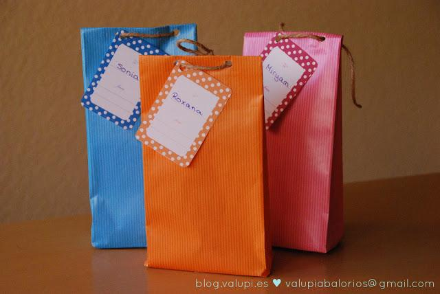 Como hacer bolsas de papel regalo imagui - Como hacer bolsas de regalo ...