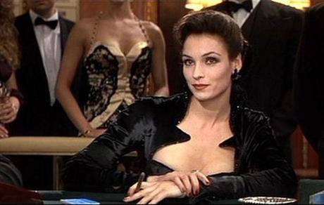 James Bond, casino y vestidos