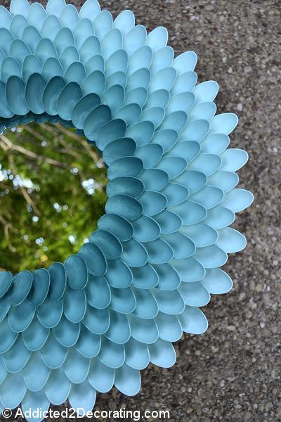 Diy espejo con cucharas de pl stico paperblog - Espejo de plastico ...