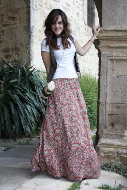 MAXI DRESS & LONG SKIRT