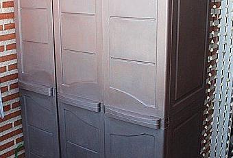 Pintar el armario de resina de la terraza paperblog for Armarios de pvc para terrazas
