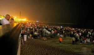 San Juan en la playa: fuego, música y diversión