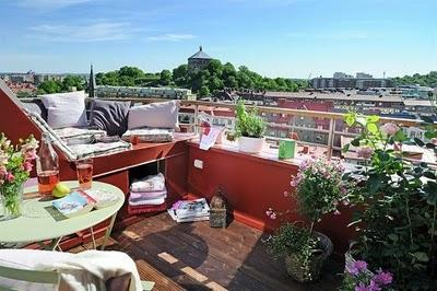 10 metros  cuadrados de terraza:  gloriosos!!