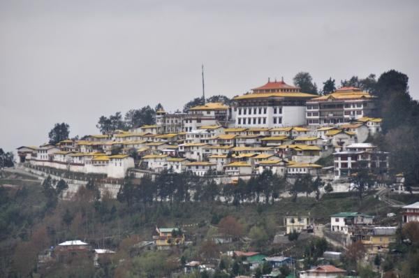 Tawang, In the middle of nowhere