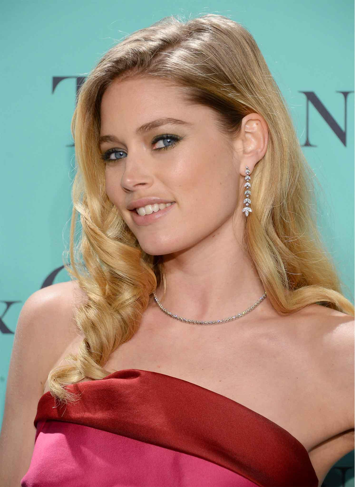 Doutzen at Tiffany