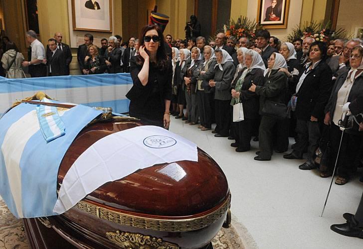 Denuncian que Néstor Kirchner fue asesinado
