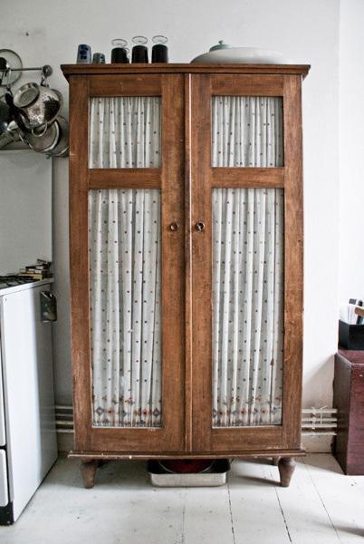 Alacenas un mueble con mucho encanto paperblog - Mucho mueble leon ...