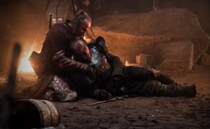 Beric Dondarrion tienes más vidas que un gato gracias a Thoros de Myr