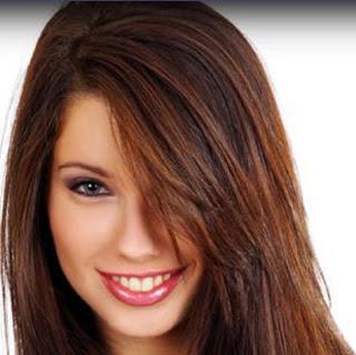 si tu piel es clara y luces el pelo castano