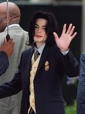 Testigo afirma que Michael Jackson rechazó ayuda contra su adicción