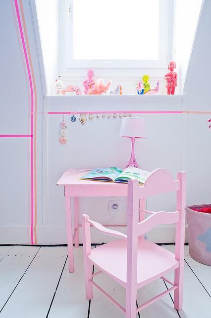 Decorar las paredes con washi tape paperblog - Decorar con washi tape ...