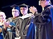 Marc Anthony obtiene grado Doctorado Artes