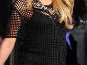 Shakira dice lucir 'decente' unos meses haber dado