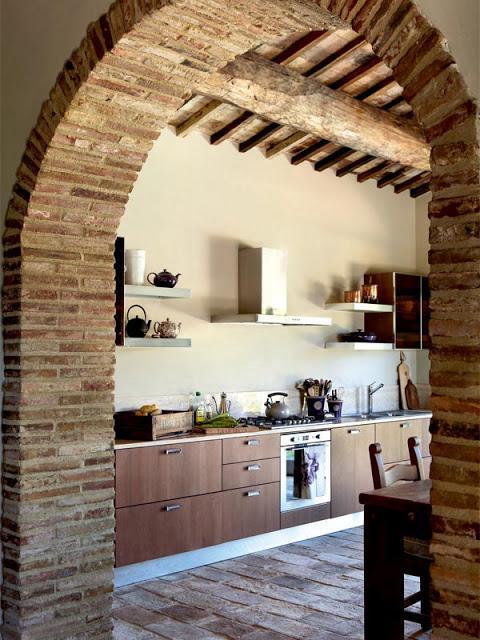 Decoracion Italiana Rustica ~ Me encanta este arco de construcci?n que da acceso a la cocina, y los