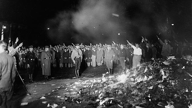 Quema de libros, el vandalismo de los nazis hace 80 años