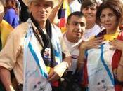 Colombianos amanecerán plaza