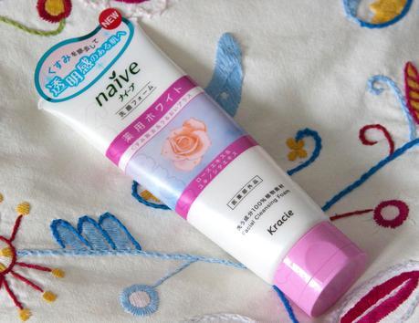 Naive - Kracie | Espuma limpiadora para el rostro