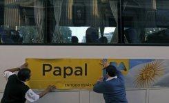 Papa Tour' recorre sitios emblemáticos del Papa Francisco en Buenos Aires