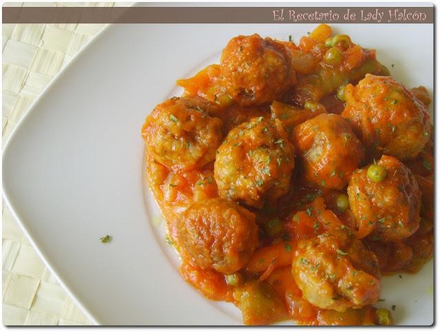 Alb ndigas con verduras en salsa de tomate paperblog - Albondigas con verduras ...