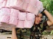 Venezolanos caza papel higiénico