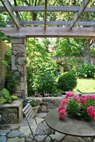 Jardines y terrazas con encanto paperblog for Jardines con encanto ideas