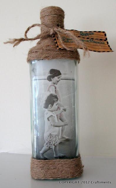Diy marcos de fotos con botellas de cristal paperblog - Marcos de cristal ...
