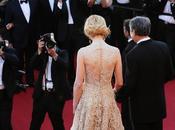 Backless trend Cannes carpet love affair