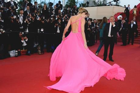 Backless trend and Cannes red carpet love affair