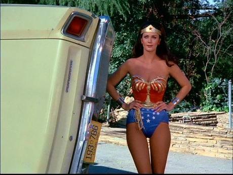 El cambio de traje de la Mujer Maravilla