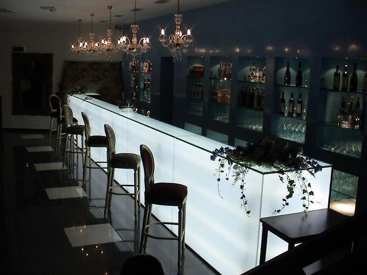 La iluminaci n de los lounge bar paperblog - Iluminacion de bares ...