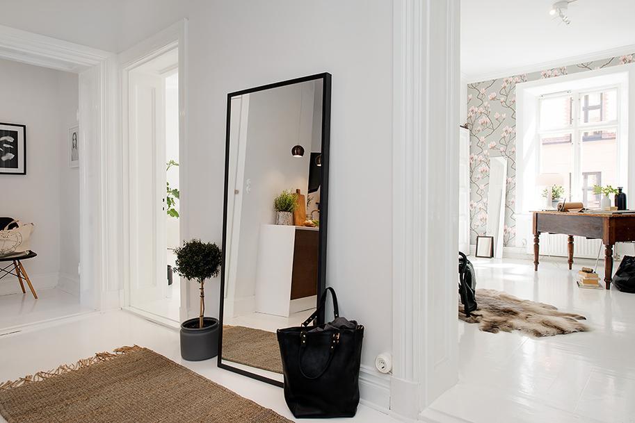 Recibidores con encanto vi paperblog for Decoracion de recibidores pequenos