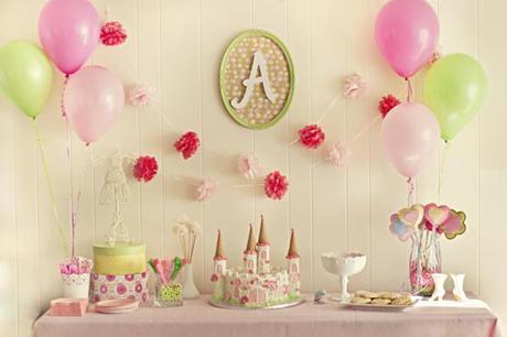 mesa para una fiesta de princesas