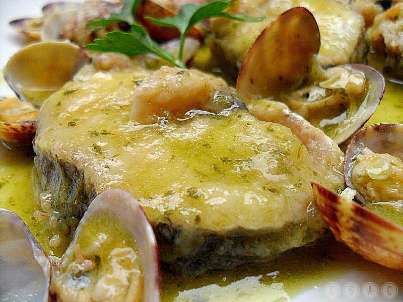 Merluza con almejas en salsa verde paperblog - Salsa verde para almejas ...