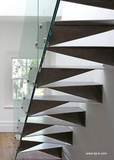 23 modelos de escaleras interiores paperblog for Tipos de escaleras interiores