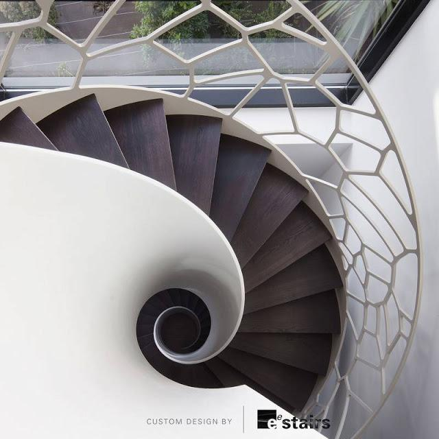 23 modelos de escaleras interiores paperblog for Escaleras en forma de u
