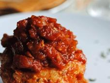 Pasteles bacalao salsa tomate
