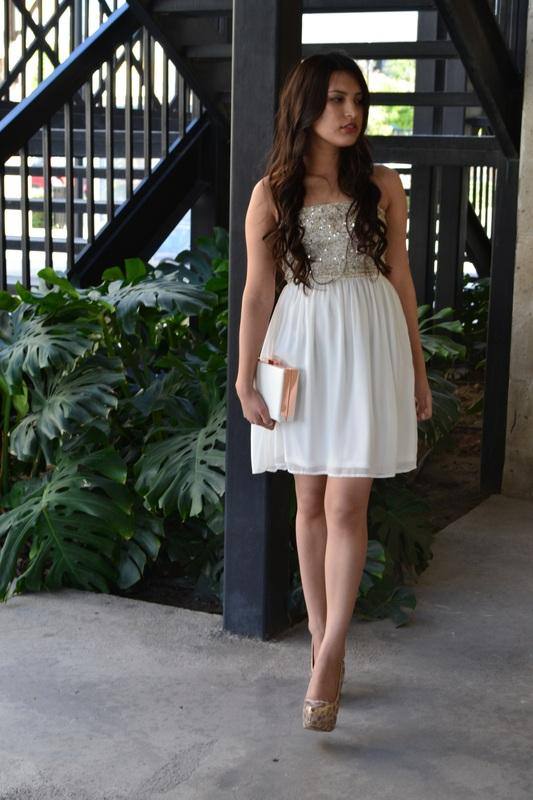 41f94d6c2 Vestidos cortos blanco y dorado – Mini vestidos