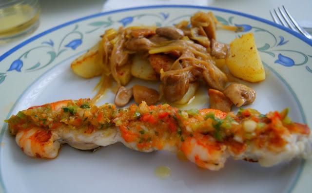 Brocheta de rape a la vinagreta con boletus y patatas - Comida para sorprender ...