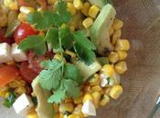 receta: ensalada tibia maíz, aguacate feta reipe: warm corn, avocado cheese salad