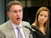 Miami: Escándalo exhibe todo asqueroso detrás falsa democracia norteamericana.