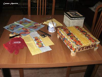 Reciclar una caja de fruta paperblog - Manualidades con cajas de fruta ...