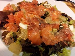 Ensalada de salm n ahumado con mel n y aguacate paperblog - Ensalada con salmon y aguacate ...