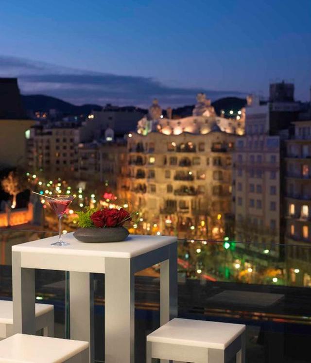 Terraza alaire el hotel condes de barcelona inaugura la for La terraza barcelona