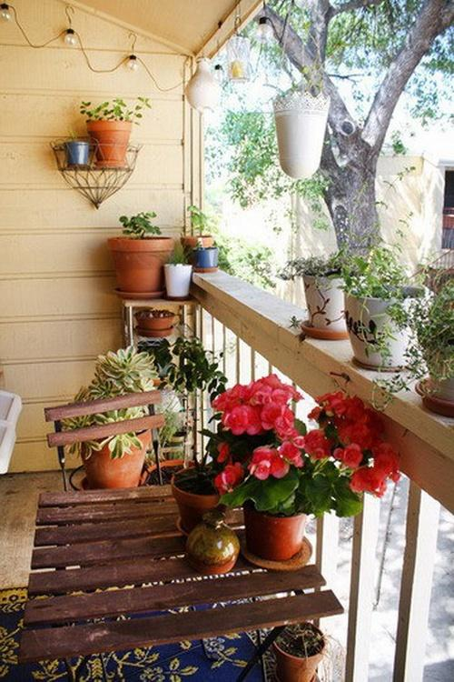 Peque os balcones con encanto paperblog for Set balcone