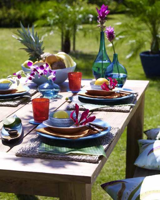 Mesas de verano con mucho color paperblog - Mesas de verano ...