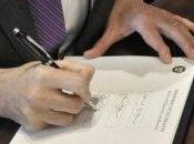 Secretario Tesoro EEUU cambia firma billetes tras burlas