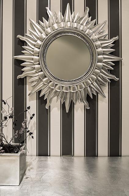 El rey sol transformado en espejo paperblog - Espejos con forma de sol ...