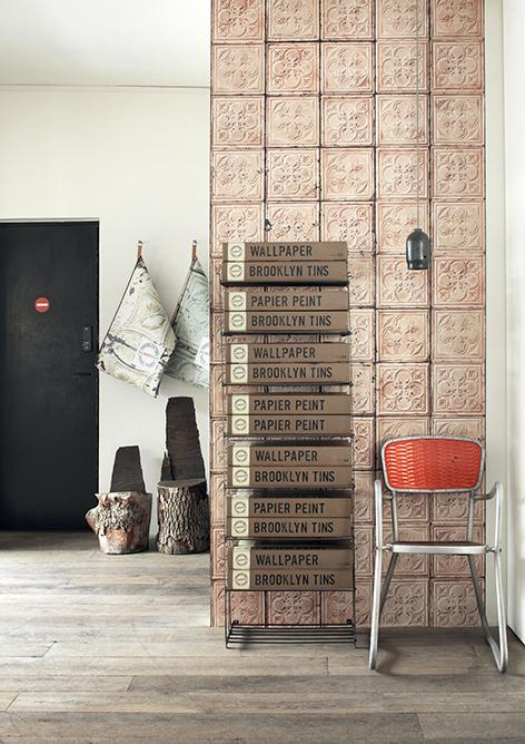 Empapela tus paredes con azulejos envejecidos ny style for Paredes con azulejo